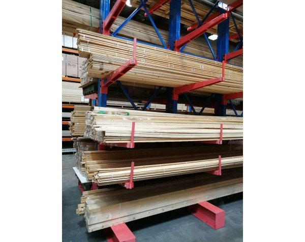 Spruce M07/M08 Clear Moulding Bev Scotia 30/40x18mm 4.0mt