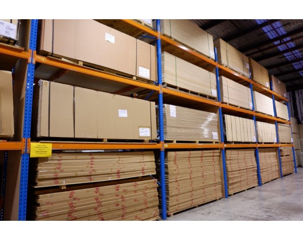 Shelving  Melamine 16mm 1800x400